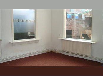 EasyKamer NL - Te huur kamer met splitlevel in Enschede €450,- All-in - Enschede, Enschede - € 450 p.m.
