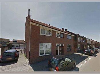 EasyKamer NL - 4 gestoffeerde kamers in Enschede nabij UT €380,- per kamer - Enschede, Enschede - € 380 p.m.