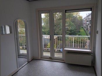 EasyKamer NL - 4 kamer ruime woning in Overschie voor SLIMME studenten - Overschie, Rotterdam - € 750 p.m.