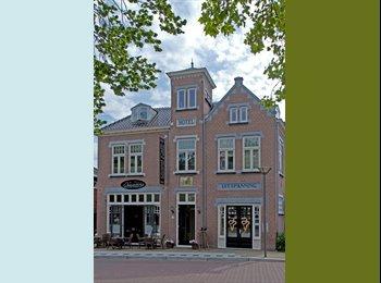 EasyKamer NL - Luxe woning €725 p/m incl. G/W/L, tv en internet, Zaanstad - € 765 p.m.