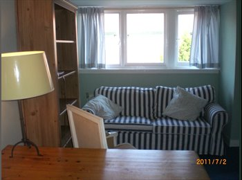 2 fully  furnished rooms 24m2 available as per July 1st...