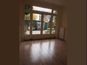 EasyKamer NL - Nice room with own kitchen and bathroom for working female, Delft - Delft, Delft - € 595 p.m.