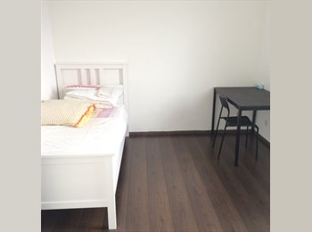 EasyKamer NL - FURNISHED ROOM READY TO MOVE IN (2nd floor), Utrecht - € 495 p.m.