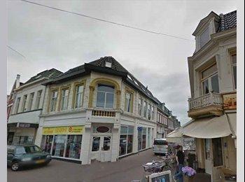 EasyKamer NL - Te huur ruime kamer centrum Enschede €430,- All-in, Enschede - € 430 p.m.