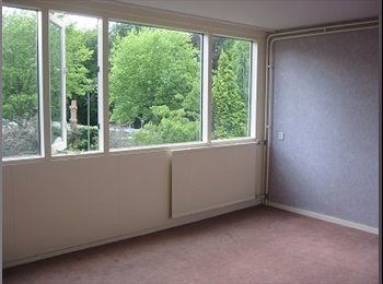 EasyKamer NL - Te huur kamer 14 m2 in Enschede €365,- All-in, Enschede - € 365 p.m.
