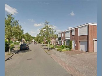 EasyKamer NL - Te huur kamer 13m2 in Enschede €360,- All-in, Enschede - € 360 p.m.