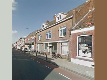 EasyKamer NL - Te huur kamer 16m2 in centrum Enschede €350,- All-in, Enschede - € 350 p.m.