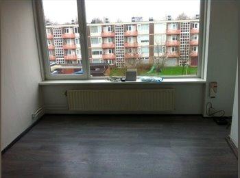 EasyKamer NL - Te huur kamer in Boswinkel Enschede €350,- per maand, Enschede - € 350 p.m.