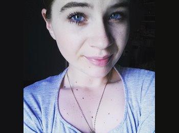lisa - 21 - Student