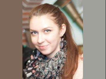 Alexandra - 20 - Student