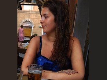EasyKamer NL - Miriam - 18 - Rotterdam