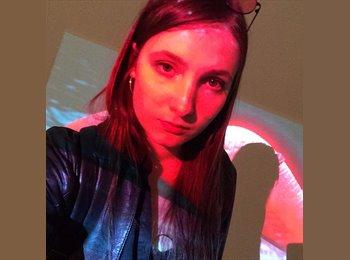 Daria - 23 - Student