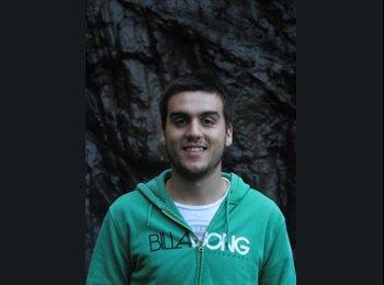 EasyKamer NL - Tiago Silva - 22 - Delft