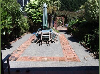 NZ - Upstairs room in large character house in Berhampore available 22 september 2015 - Berhampore, Wellington - $155 pw