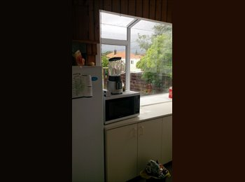 NZ - Central hutt room available with nice flatmates, Wellington - $115 pw