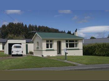 NZ - Quite mature flatmates welcome, Invercargill - $130 pw