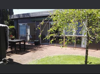 NZ - house share with female owner - Chedworth, Hamilton - $150 pw