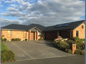 NZ - Nel and David - Halswell, Christchurch - $150 pw