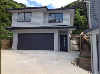 NZ - 4 Bedroom, Two bathroom - one year old home - Tawa, Wellington - $180 pw