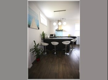 NZ - Renovated double glazed studio room in City - Dunedin Central, Dunedin - $225 pw
