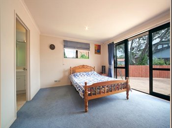 NZ - Master Bedroom Available - Hillsborough, Auckland - $275 pw