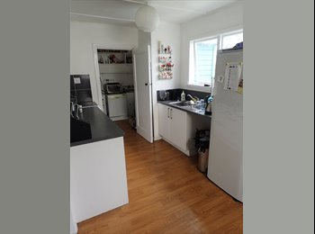 NZ - 1 spot vacant in our chill friendly flat - Ilam, Christchurch - $136 pw