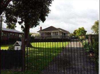 NZ - Te Atatu Peninsula Room for rent - Te Atatu Peninsula, Auckland - $180 pw