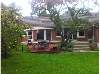 NZ - Room for 1 more - Three Kings, Auckland - $230 pw