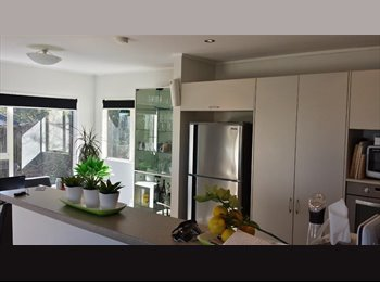 NZ - Stunning Windsor Park house will cool existing flatmate - Mairangi Bay, Auckland - $170 pw