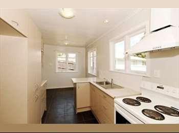 NZ - Double room for rent - Massey, Auckland - $180 pw
