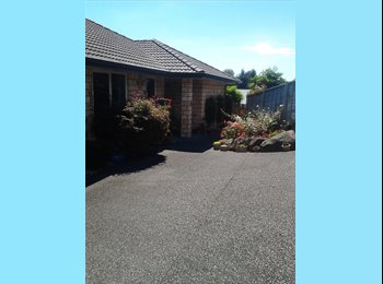 NZ - Quiet Flatmate Required, Tauranga - $165 pw