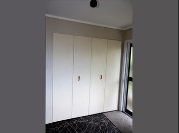 NZ - Central location - amazing views of the city - New Plymouth Central, New Plymouth - $200 pw