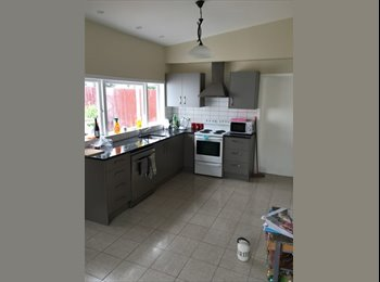 NZ - Couples or single wanted for spacious accommodating flat! , Wellington - $200 pw
