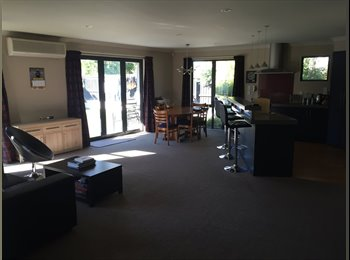 NZ - Large, Modern House in Aidanfield - Halswell, Christchurch - $180 pw