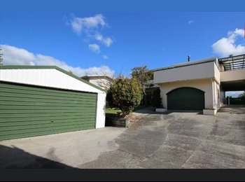 NZ - Looking for a Couple to Flat with.  - Papamoa Beach, Tauranga - $225 pw