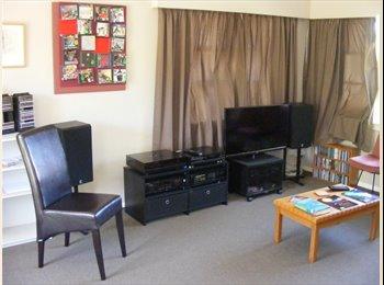 NZ - Quiet room in sunny cul-de-sac house - Hokowhitu, Palmerston North - $150 pw