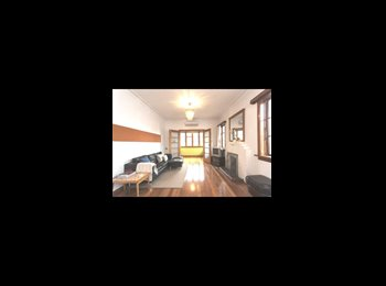 NZ - stylish sunny house - Dunedin Central, Dunedin - $100 pw