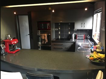 NZ - 2 Rms available in a wicked flat! - Roslyn, Palmerston North - $165 pw