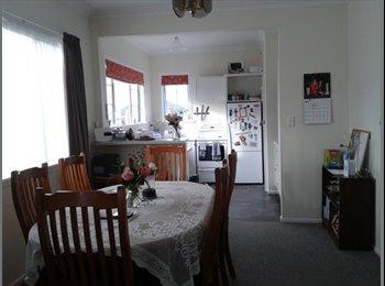 NZ - Spacious home in a quiet neighbourhood - Kingston, Wellington - $95 pw