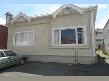 NZ - Large room on Dundas Street, Dunedin - $125 pw