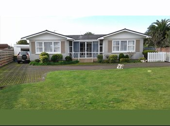 NZ - Room available, New Plymouth - $160 pw