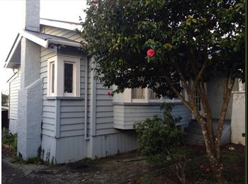 NZ - Mt.Albert shared room available , Auckland - $160 pw