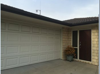 NZ - simple house, Tauranga - $170 pw