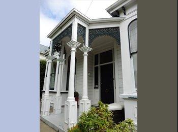 NZ - Stunning Belleknowes villa , Dunedin - $200 pw