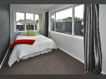 NZ - YOUR ROOM IS READY NOW!! CLOSE TO AIRPORT AND TOWN, Christchurch - $145 pw