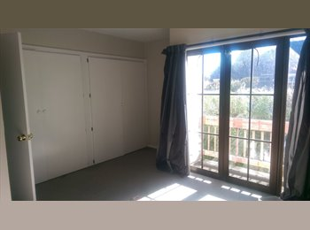 NZ - Master bedroom in Merivale townhouse, Christchurch - $240 pw
