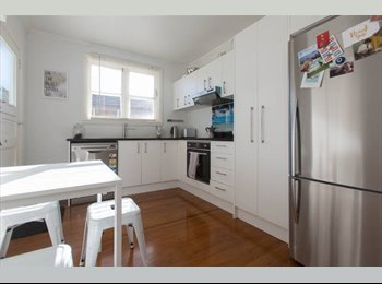 NZ - City Fringe // Double Room // Available until 1 Dec 2016, Auckland - $235 pw