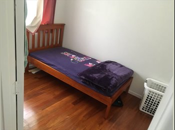 NZ - 3 bedroom house with 1 bathroom., Auckland - $140 pw