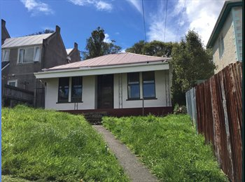 NZ - Spacious room available in awesome Dundas Street flat!, Dunedin - $135 pw