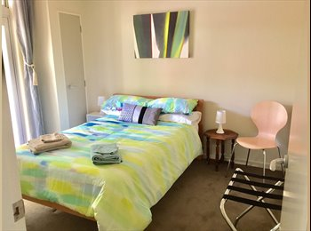 Furnished room + bathroom in stylish waterfront townhouse